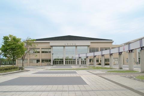 川越運動公園総合体育館・陸上競技場・テニスコート